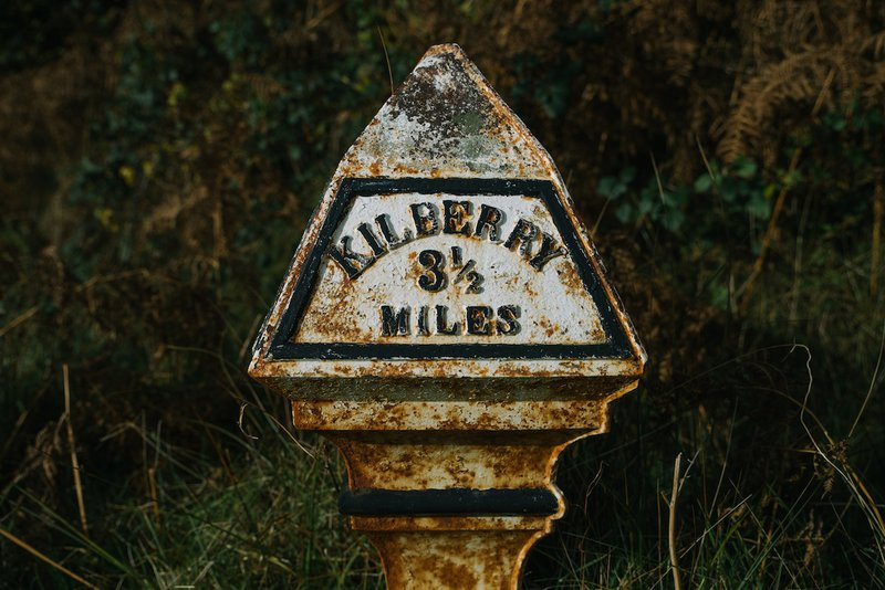 sign-to-kilberry-3-miles.jpg